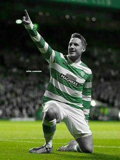 Kris Commons Irish Catholic, Celtic Fc, European Cup, Poor Children, Kingfisher, One Team, Football Players, New Friends, Glasgow