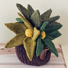 Tea Cosy Gallery - Unique, but practical? Tea Cozy, Coffee Cozy, Grannies Crochet, Teapot Cover, Knitted Tea Cosies, Mollie Makes, Flower Bag, Knitting Yarn, Knitting Ideas