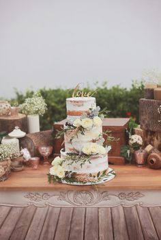 Naked cake with laser cut topper | Vendor Of The Week: Crème De La Crème Bali | http://www.bridestory.com/blog/vendor-of-the-week-creme-de-la-creme-bali
