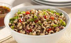 Linda, deliciosa e prática, a salada de feijão-fradinho impressiona no paladar. Ótima entrada para um jantar mais elegante ou como prato ...