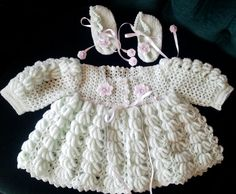 Baby wear, light green, handmade by Merle, for baby or reborn dolls.