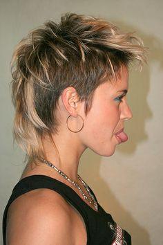 short mohawk hairstyles for women Funky Short Hair, Short Hair Cuts, Short Blonde, Trendy Hair, Edgy Hair, Mohawk Styles, Curly Hair Styles, Mullet Hairstyle, Mohawk Mullet