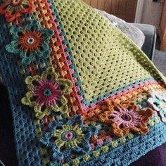 Susan Pinner: ARAN WEIGHT BATIK. Granny Shawl pattern
