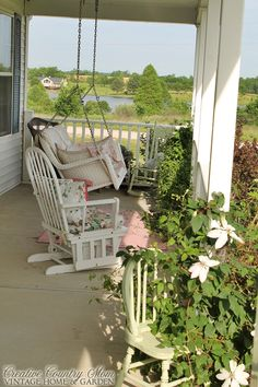 Creative Country Mom's: Sunday Garden Stroll.... Front Gardens and Porch