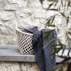 @stilreichblog Happy Morning 🌿🌿 #stilreichblogsgarden #hübschinterior #insideliving #korb #gardenstuff #summer #stonewalls #myhome