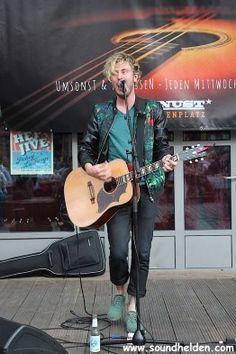 Finn Martin bei den Knust Acoustics | Knust Lattenplatz | 09. Juli 2014