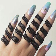 Gorgeous Indian mehndi designs for hands this wedding season - Henna - Henna Designs Hand Henna Hand Designs, Dulhan Mehndi Designs, Mehandi Designs, Finger Mehendi Designs, Simple Arabic Mehndi Designs, Mehndi Designs For Beginners, Mehndi Design Photos, Mehndi Designs For Fingers, Beautiful Henna Designs