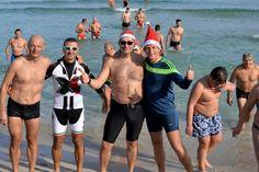 Palermo: a Mondello il Natale si festeggia in spiaggia