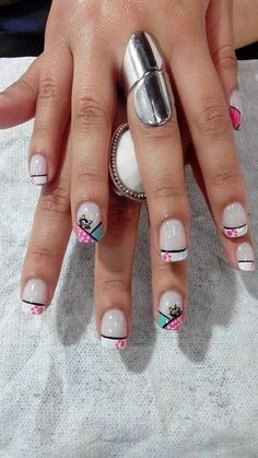 70 Trendy Spring Nail Designs are so perfect for this season Hope they can inspire you and read the article to get the gallery. Hot Nail Designs, Nail Designs Spring, Hot Nails, Hair And Nails, Fingernails Painted, Magic Nails, Geometric Nail Art, Nail Art Hacks, Beautiful Nail Art