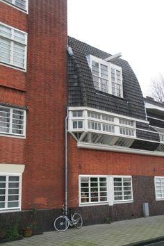 Dit was ooit sociale woningbouw / woonblok 'Het Schip' van Michiel ...