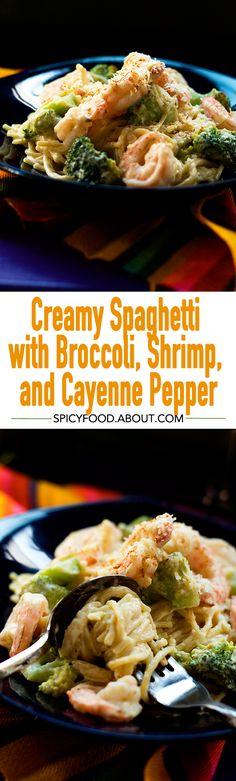 Creamy Spaghetti with Broccoli, Shrimp, and Cayenne Pepper | #pasta #quickmeals #shrimp #dinner