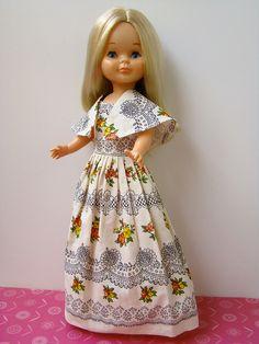 Barbie Patterns, Doll Clothes Patterns, Clothing Patterns, Vestidos Nancy, American Girl, Nancy Doll, New Dolls, Fancy Pants, Cute Dolls