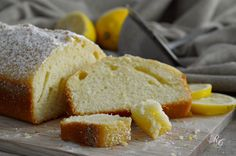 il plum cake al limone è un dolce semplicissimo ma goloso che si prepara in pochi minuti ... e finisce altrettanto in fretta!
