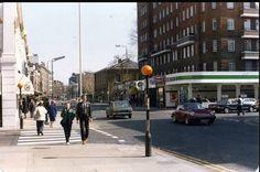 Kings Road corner of Anderson Street Chelsea 1980 jj Vintage London, Old London, London City, Kensington And Chelsea, Chelsea London, Old Photos, Vintage Photos, London History, Fulham