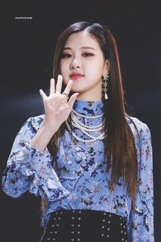 Rosé  Park Chaeyoung ♡ #Rose #blackpink #blackpinkrose #kpop all credits go to their respective owners
