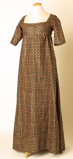 1805 - 1810 Dress; Look at the dark color!