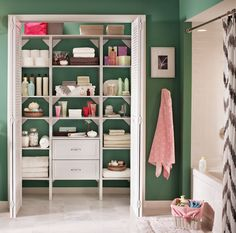 Need your linen closet to work harder for you? Add a Selectives organizer from @HomeDepot! #ClosetMaid