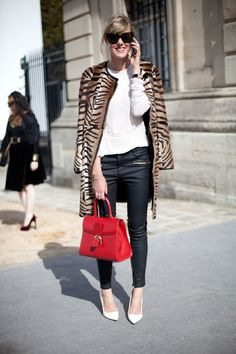 PFW PARIS FASHION WEEK STREET STYLE SS SPRING SUMMER 2013 ANIMAL PRINT COATS ZEBRA LEATHER SKINNY PANTS ANKLE ZIPPERS RED LADYLIKE BAG OVERSIZED SUNGLASSES WHITE EMBROIDERED TOP WHITE PUMPS VIA HARPERS BAZAAR