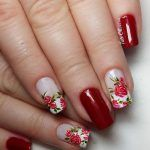 Flowers in red Fancy Nail Art, Trendy Nail Art, Stylish Nails, Fancy Nails, Rose Nails, Flower Nails, Dimond Nails, Great Nails, Bridal Nails