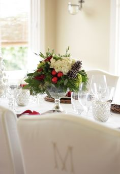 In Good Taste: Christmas Tablescape