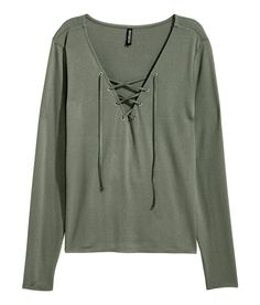 Long-sleeved top in viscose jersey crêpe.| H&M Divided