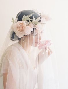 """Image that is introduced in Type ♡ romantic """"veil"""" catalog for the fashionable bride .Beautiful tulle and lace veil for the bride is a must-have item much the same as the flowers! Bridal Beauty, Bridal Hair, Wedding Trends, Wedding Styles, Wedding Veils, Wedding Dresses, Bridal Veils, Veil Hairstyles, Floral Crown"""