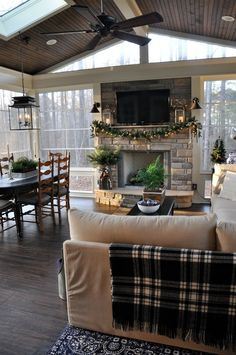 Christmas Home Tour 2016 – Back Porch. GORGEOUS!!! The Endearing Home blog.