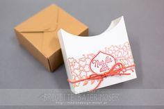 Geschenkboxen-Schachtel mit einer Banderole, die passend für den Valentinstag aufgepeppt wurde. Hergestellt von Brigitte Baier-Moser mit Stampin'Up!