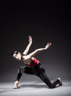 """Ana Lopez: """"power and poetry."""" —Chicago Tribune   http://articles.chicagotribune.com/2012-10-19/entertainment/ct-ent-1020-hubbard-chagall-review-20121020_1_hubbard-street-dance-chicago-philip-glass-9733-9733  Hubbard Street Dancer Ana Lopez. Photo by Todd Rosenberg."""