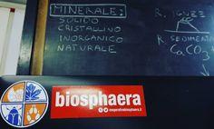 Oggi lezione su Minerali e Rocce presso la Scuola Primaria di Sovizzo (VI). #educazione #scienza #natura #biosphaera
