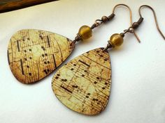 Music Lovers - Guitar Pick Earrings