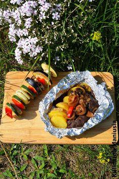 Co przygotować na grilla - kilka propozycji Grilling, Bbq, Food And Drink, Diet, Food, Barbecue, Barrel Smoker, Crickets