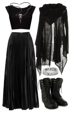 Top Gothic Fashion Tips To Keep You In Style. As trends change, and you age, be willing to alter your style so that you can always look your best. Consistently using good gothic fashion sense can help Dark Fashion, Gothic Fashion, Modern Witch Fashion, Style Fashion, Pagan Fashion, Gold Fashion, Fashion Women, Mode Sombre, Witchy Outfit