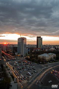Nebunie la apus!  Foto: Alberto Groșescu Seattle Skyline, New York Skyline, Romania, San Francisco Skyline, Travel, Bucharest, Viajes, Destinations, Traveling