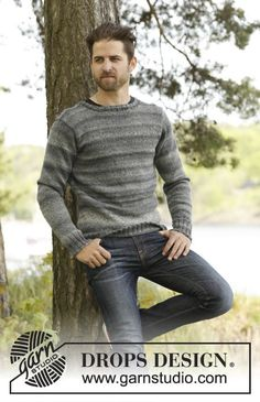 Knitted DROPS men's jumper with set in sleeves in Fabel and Delight. Size S-XXXL. Free knitting pattern by DROPS Design. Jumper Patterns, Knitting Patterns Free, Free Knitting, Free Pattern, Crochet Patterns, Drops Design, Wool Sweaters, Black Sweaters, Mens Jumpers
