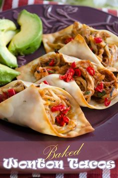 wonton wrappers to make crispy baked chicken tacos. Healthy Food: Healthy FoodUse wonton wrappers to make crispy baked chicken tacos. Think Food, I Love Food, Food For Thought, Good Food, Yummy Food, Tasty, Baked Chicken Tacos, Crispy Baked Chicken, Baked Tacos