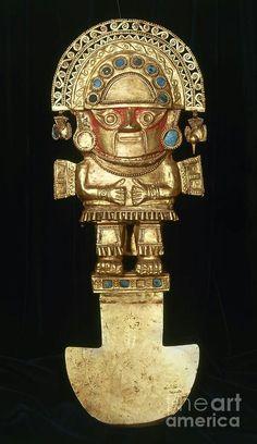 El tumy,cuchillo ceremonial  de la cultura lambayeque,q representa al dios alado ny-lamp