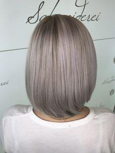 Beautiful ice blond Blond, Haircuts, Ice, Long Hair Styles, Beauty, Beautiful, Shaving Machine, Barber Salon, Hair Stylists
