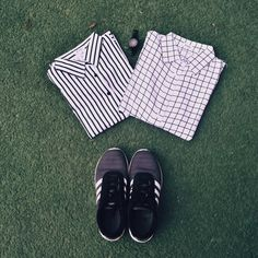 White stripe shirt and White square shirt For more pictures go follow our IG:rixdi For more information and question go add LINE:@rixdi (use @)  Kemeja katun|Kemeja murah|Katun