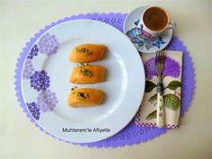 Muhterem'le Afiyetle: İRMİKLİ KESME TATLISI