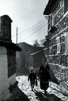Metsovon, Greece. November 1959. Photographer: James Burke.