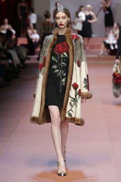 Sfilata Dolce & Gabbana Donna Autunno Inverno 2015 2016