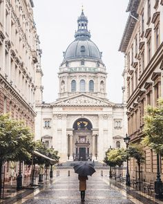 St. Peter's Basilica in the rain, Budapest - Serena of FindUsLost wearing Paper Crown