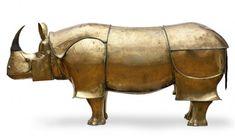 Claude y Francois   Xabier Lalanne.  Rinoceronte- escritorio. ¿Esculturas de animales que con un mecanismo secreto se convierten en muebles?. Un sueño surrealista. Claude y Francois Xavier Lalanne ...