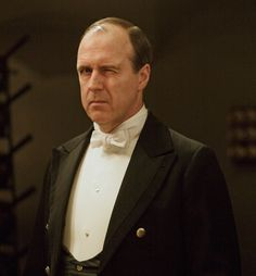 Downton Abbey ..Mosley winking...