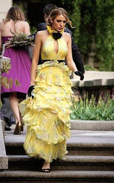 Gossip Girl Season One: Get the Look  Episode 18: Much 'I Do' About Nothing    Here comes the bridesmaid: an anxious SERENA plays the role of bridesmaid beautifully in a Ralph Lauren dress.