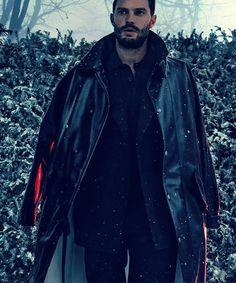 New picture of Jamie Dornan for L'UOMO Vogue (2016).