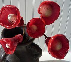 Pop bottle/egg flowers