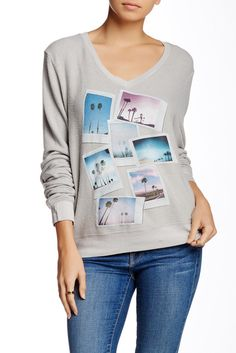 Image of WILDFOX Palm Springs Polaroid V-Neck Baggy Beach Jumper