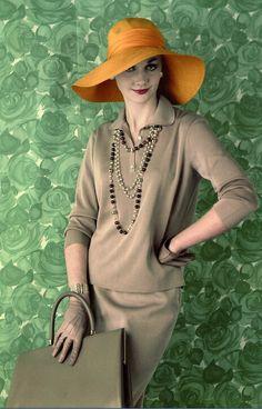 1959 Ros Watkins in silk jersey by Matita Overseas, hat by Otto Lucas, mocha calf handbag by Jane Shilton, rope beads by Jewelcraft, photo by Vernier,